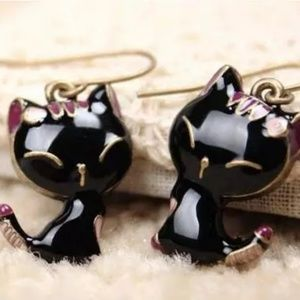 Black Sassy Cat Dangle Drop Earrings
